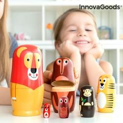 Poupée russe en bois avec figurines d'animaux